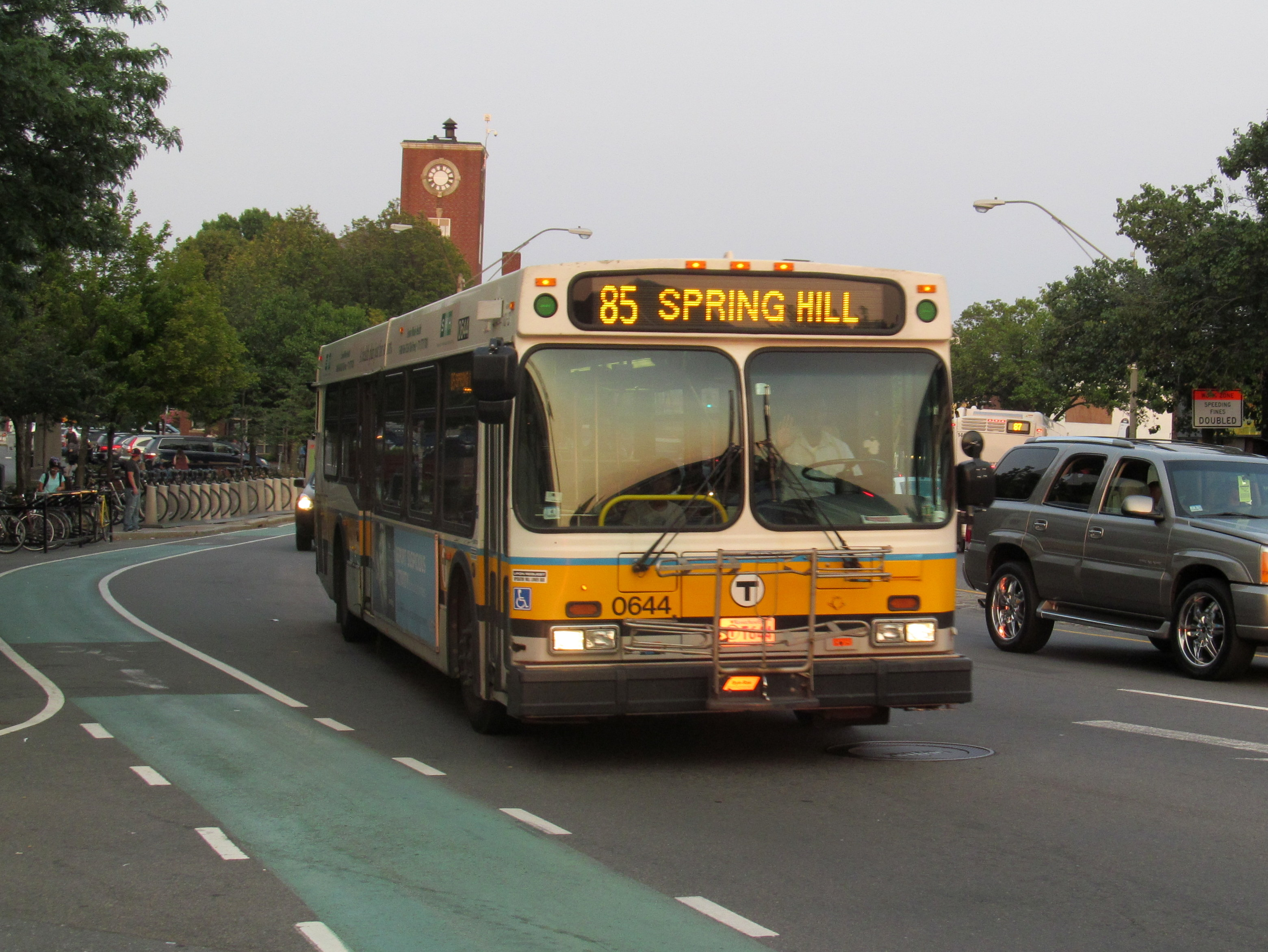 File Mbta Route 85 Bus At Union Square July 2015 Jpg