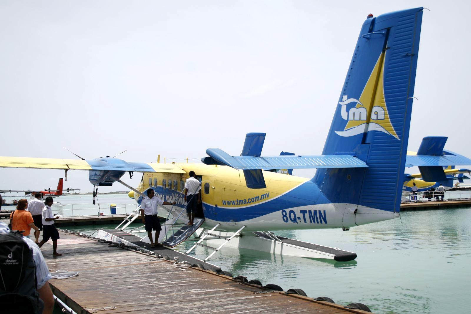 Datei:Maldives Air Taxi 0574.jpg – Wikipedia