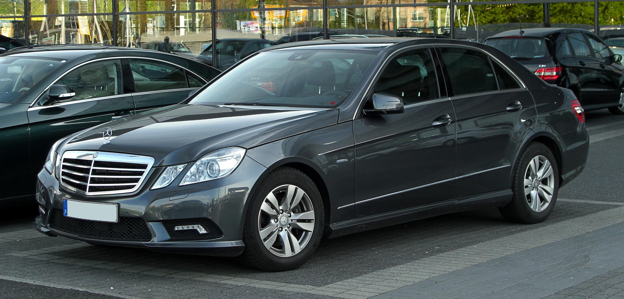 File mercedes benz e 350 cgi blueefficiency avantgarde for Mercedes benz media