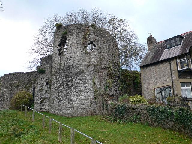 North-eastern tower of Denbigh town walls (geograph 2156489)