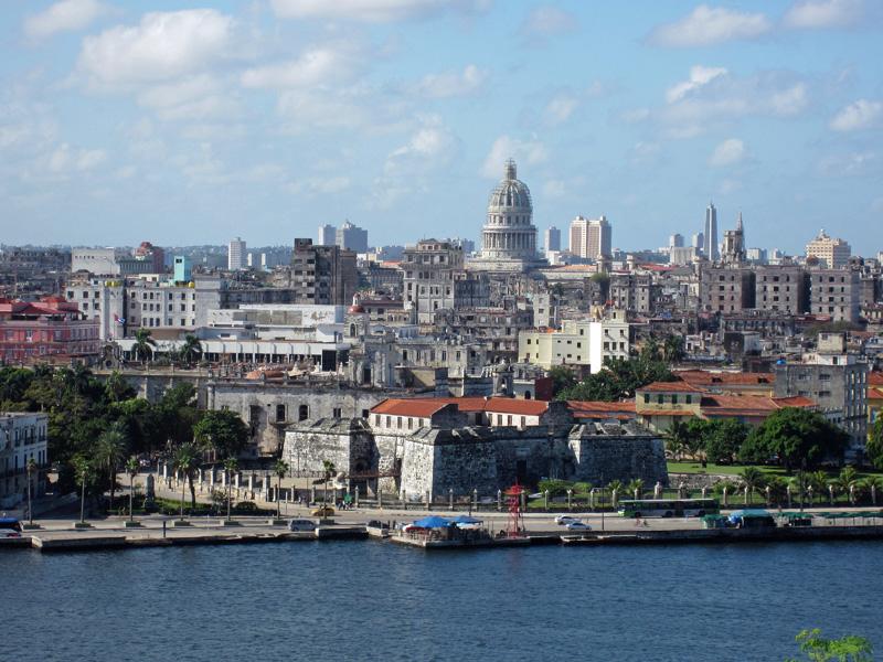 Havana Sin Nude Photos 13