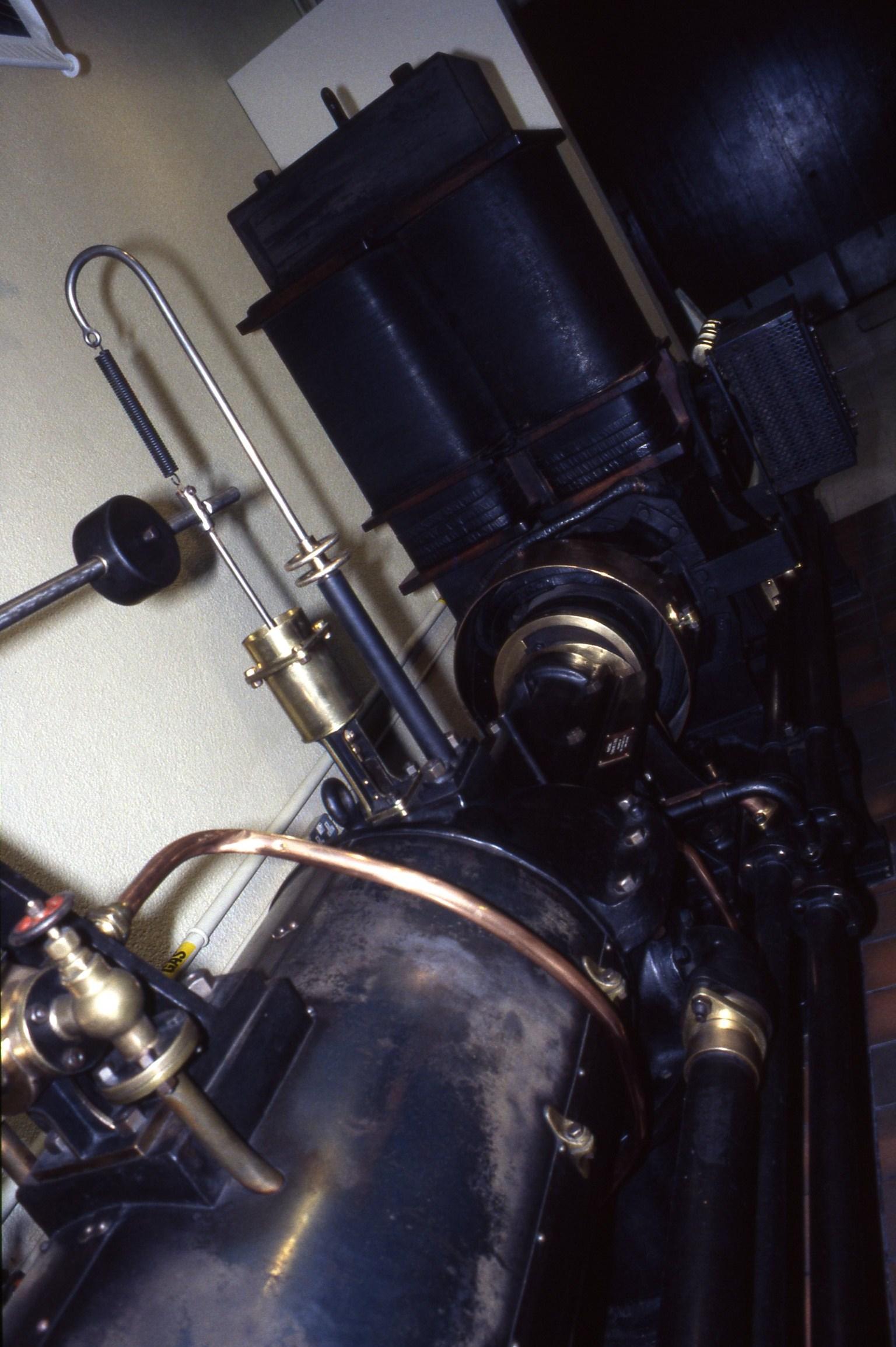 File Parsons steam turbine 1903 & generator set Museum of