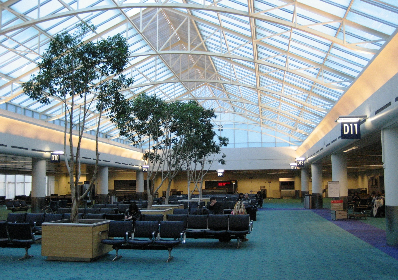 Oakland Airport Hotels