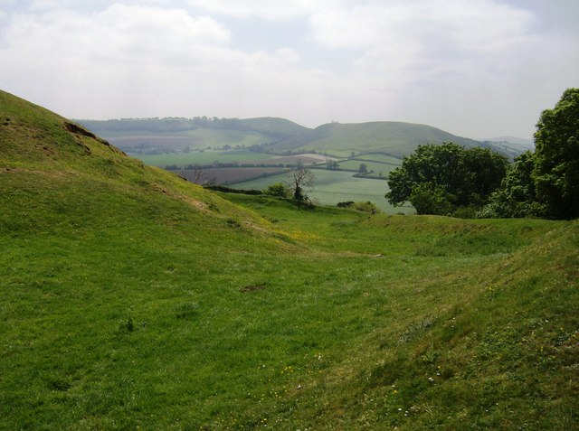 Ramparts of Cadbury Castle looking south - geograph.org.uk - 486319