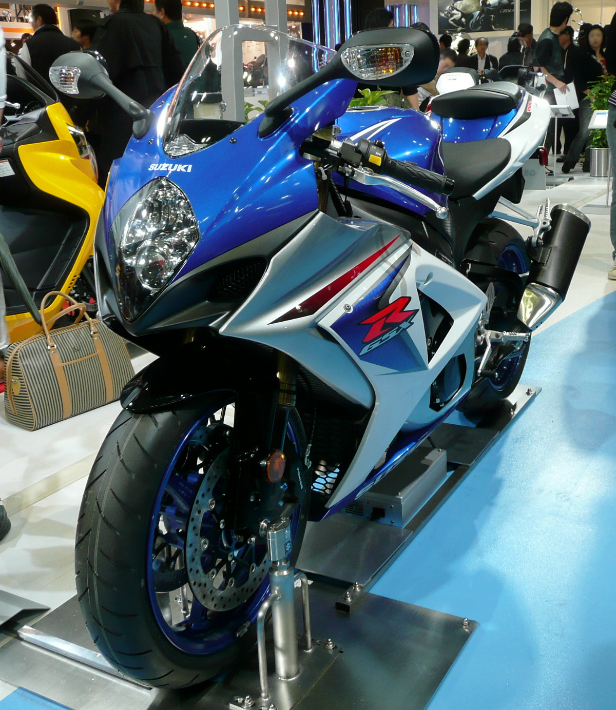 Suzuki GSXR-1000 Pictures Design