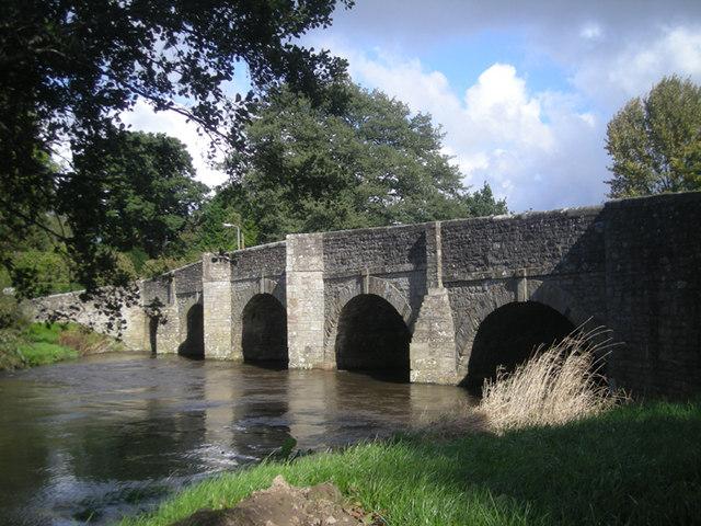 Teme Bridge at Leintwardine - geograph.org.uk - 992106
