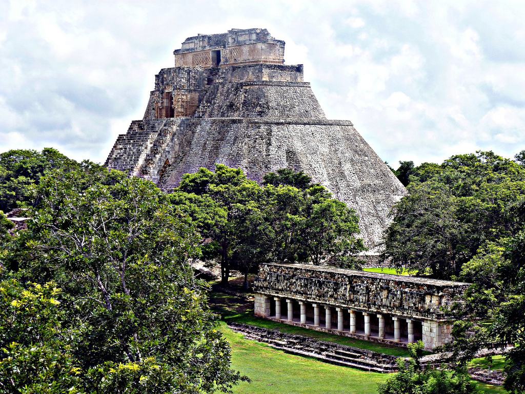 Carbon dating mayan pyramids