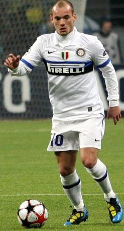 Wesley Sneijder - pictured playing for Inter Milan in 2010 - has been deployed as a false 10 on occasion. Wesley Sneijder Inter.JPG