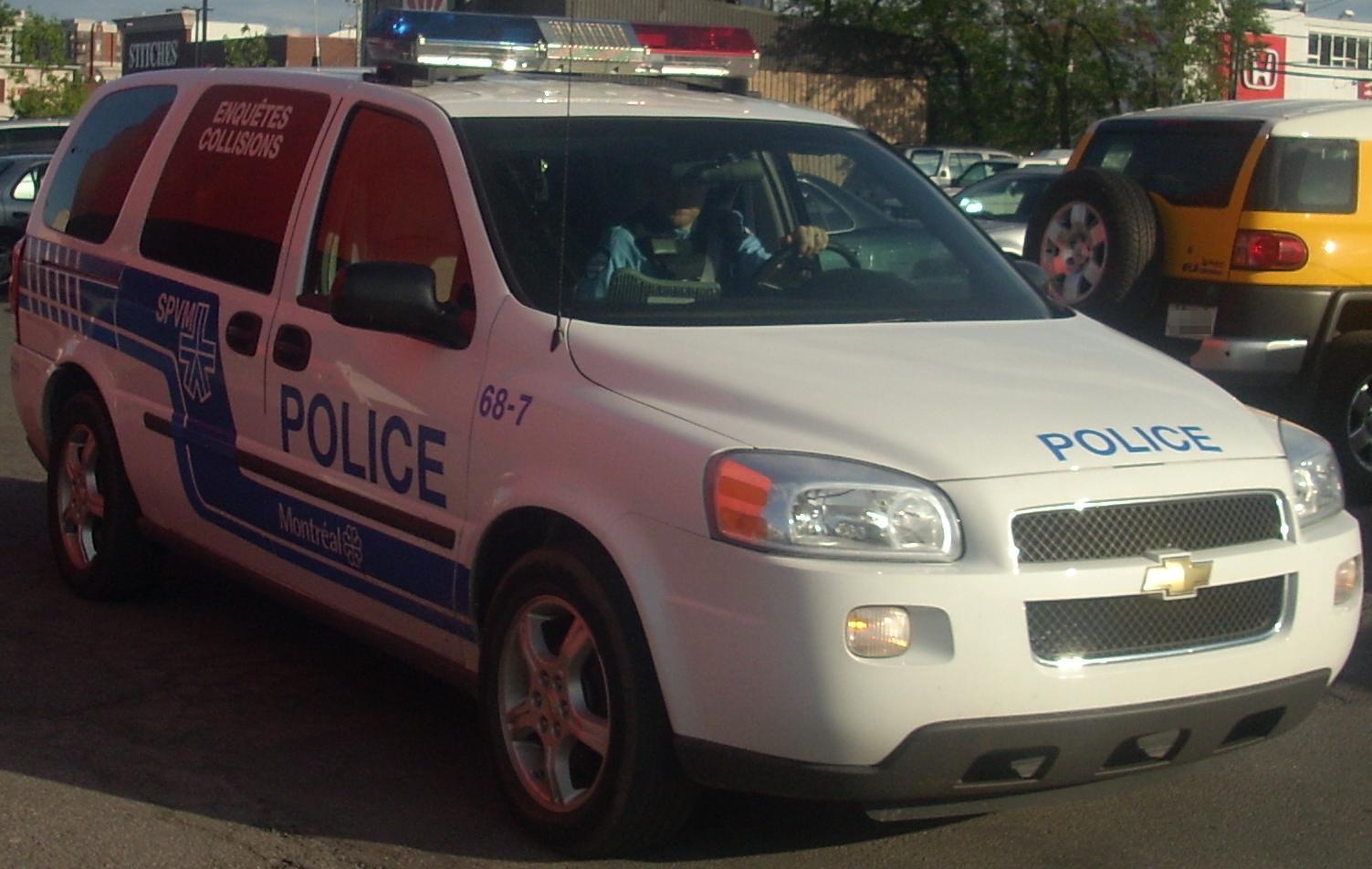 File 05 Chevrolet Uplander Montreal Police Gibeau Orange Julep Jpg Wikimedia Commons