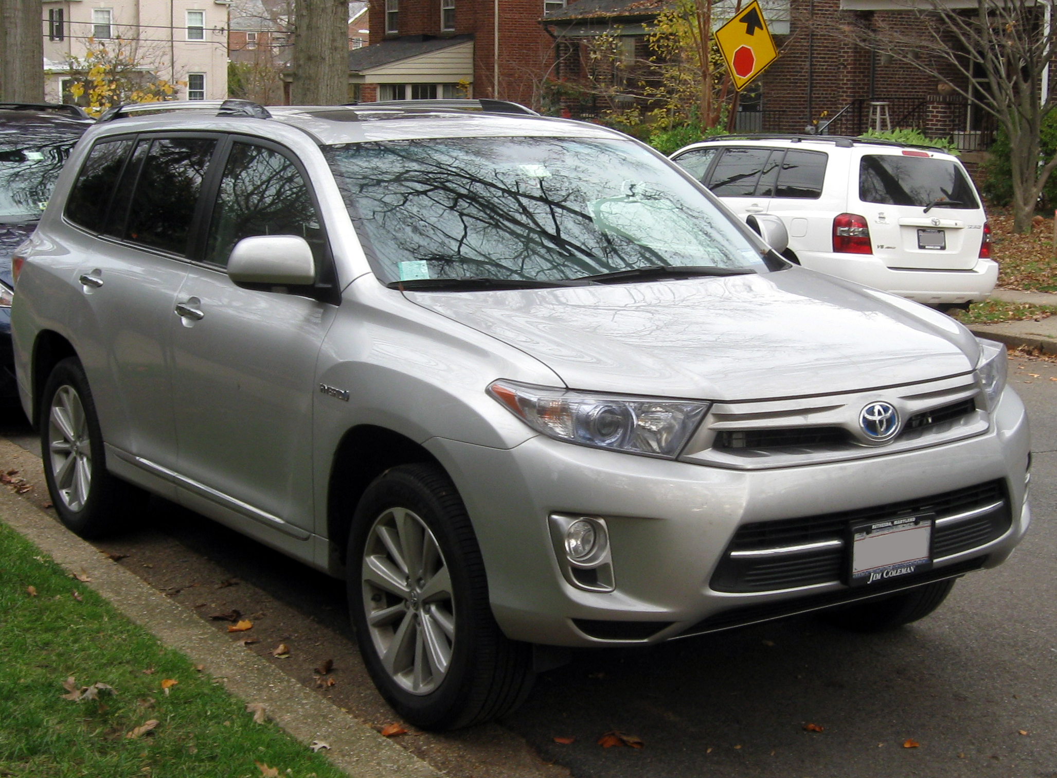 File 2011 Toyota Highlander Hybrid Limited 11 20 2011 2