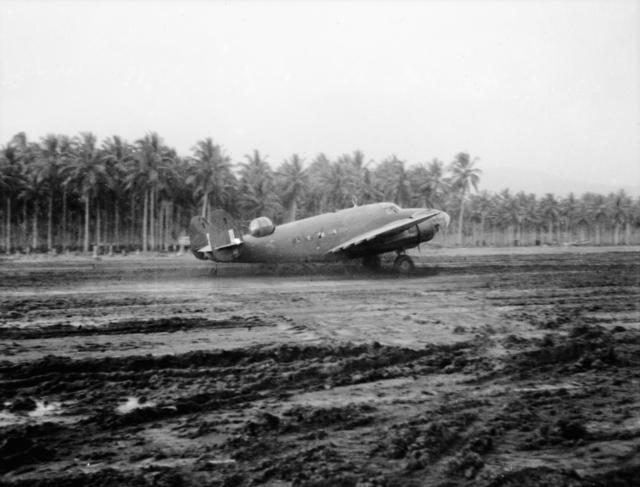 6_Squadron_RAAF_Lockheed_Hudson_at_Milne