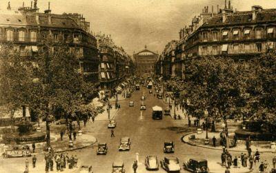 http://upload.wikimedia.org/wikipedia/commons/9/97/75-Paris-Avenue_de_l%27Op%C3%A9ra-vers_1905.JPG
