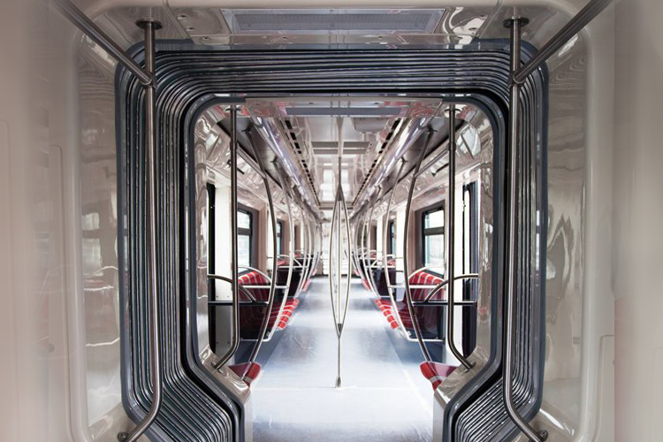 81-760B_interior_-_gangway.jpg
