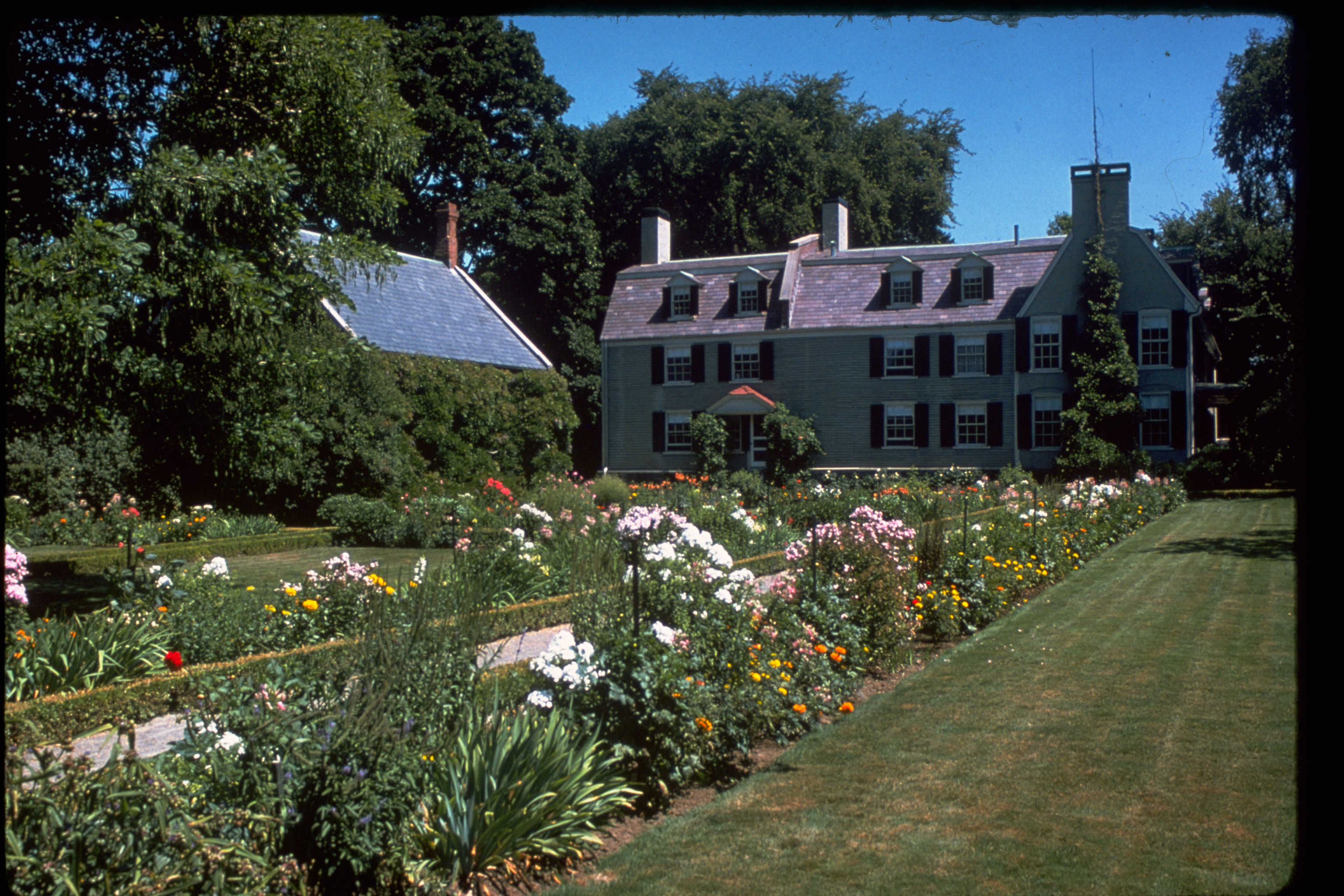 a history and description of the boston national historical park For park ranger positions at state and national historical sites in massachusetts, year-round jobs may be available additionally, city park ranger jobs are strewn across the state in cities such as boston and springfield.