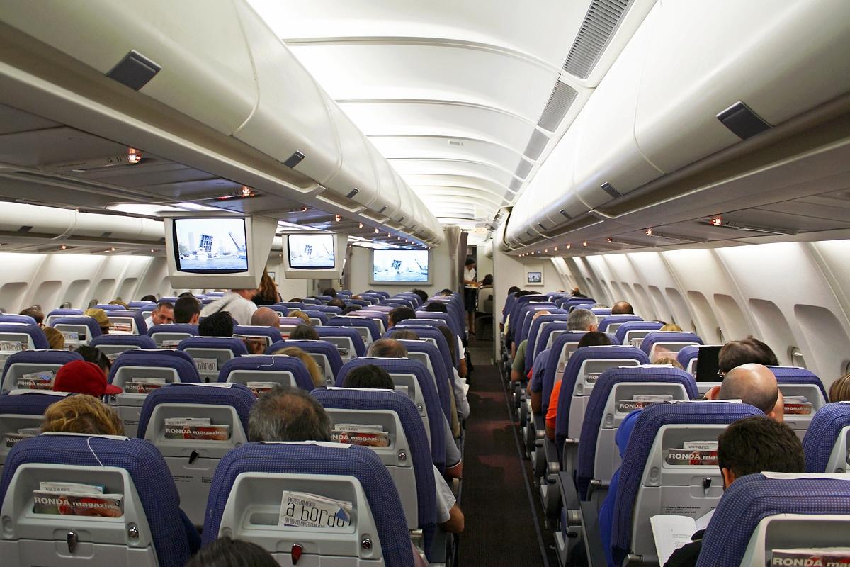 File airbus a340 313 iberia wikipedia for Interno easyjet