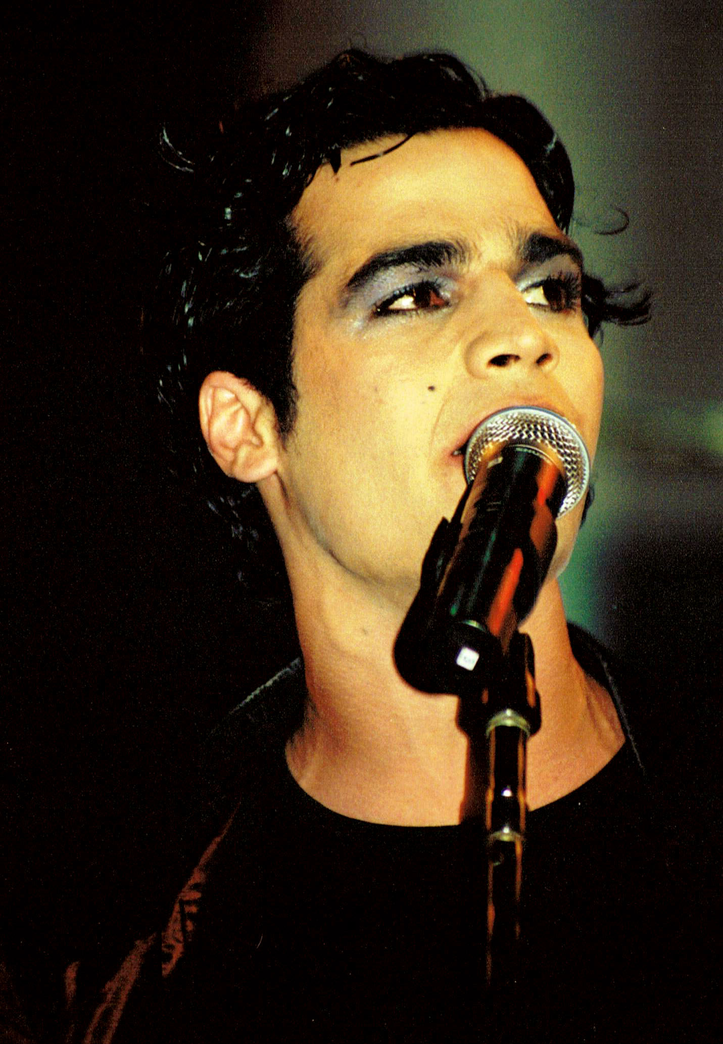 Picture of a band or musician: Aviv Geffen
