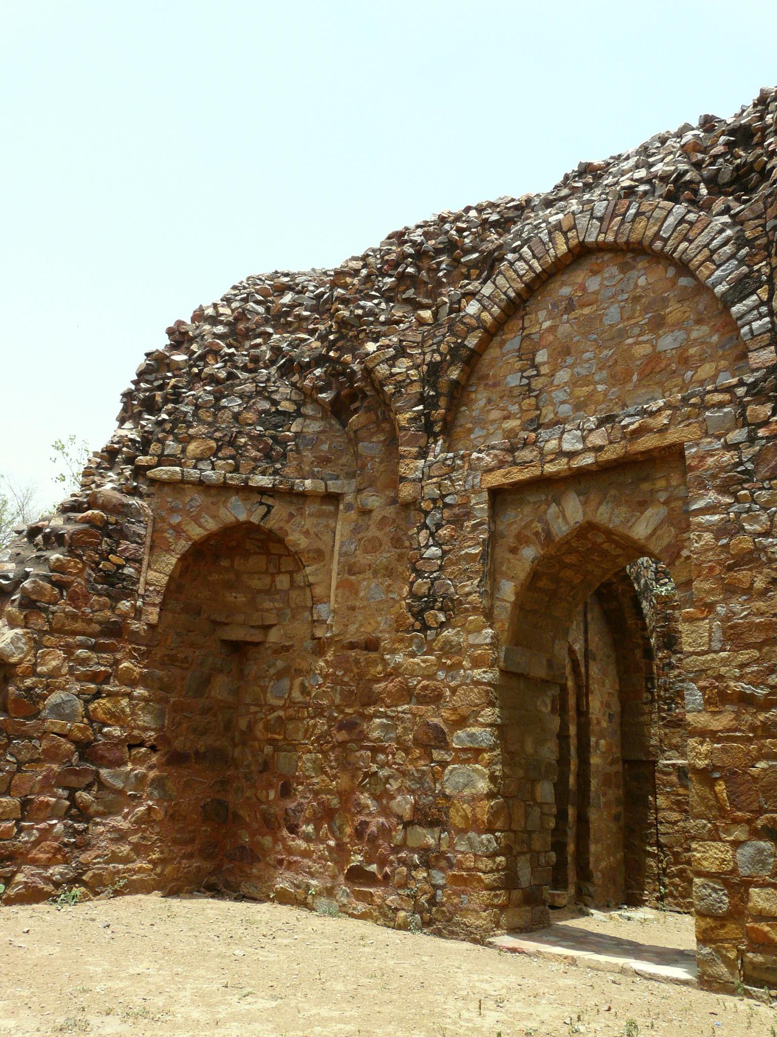 Ghiyasuddin Balban Tomb File:Balban's tomb, Me...
