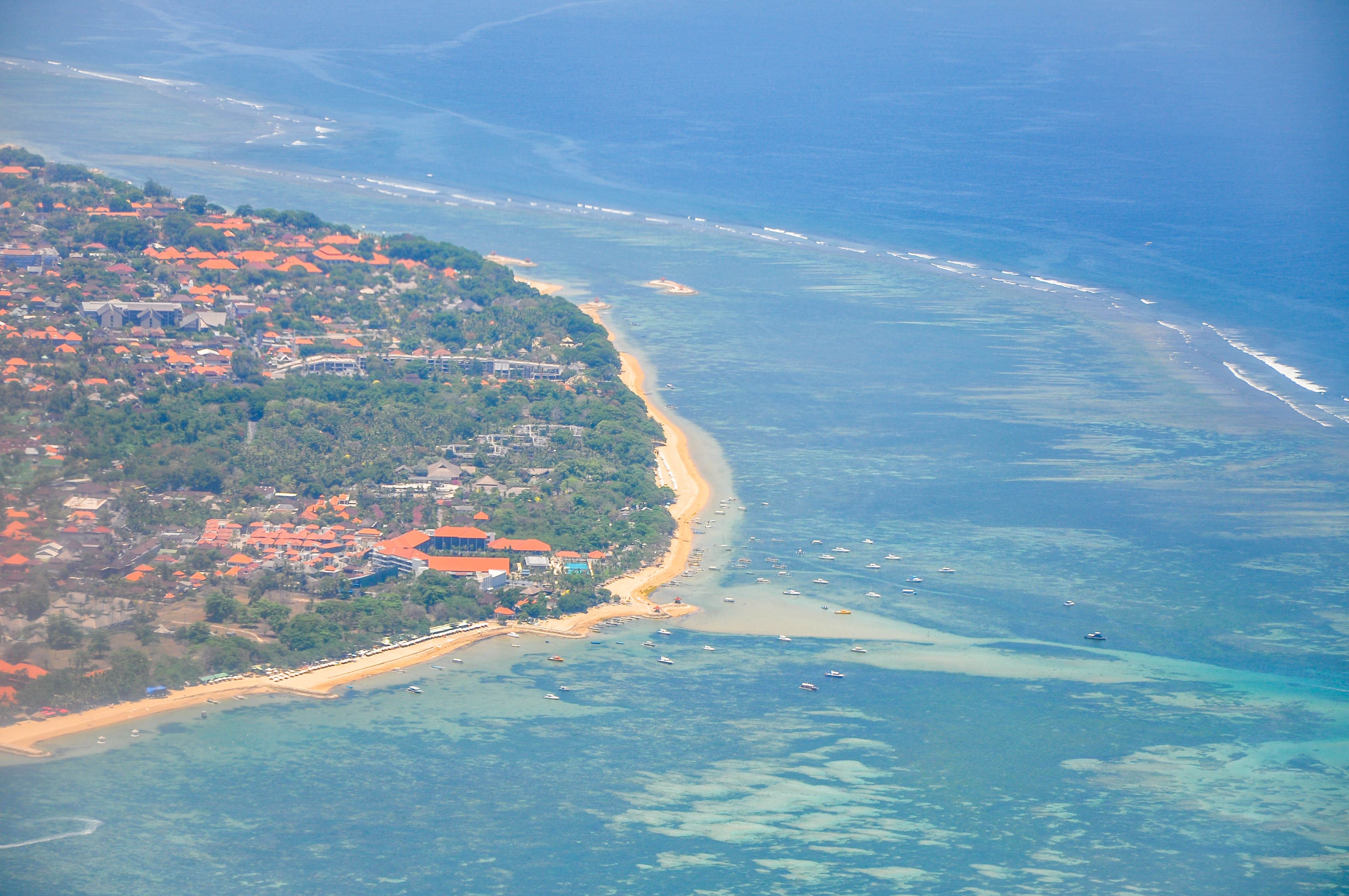 Bali beaches (16703033410).jpg