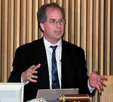 Government Photograph of Brewster Kahle speaking.