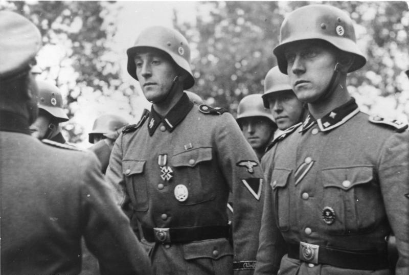 General Praljak Wiki >> Bundesarchiv_Bild_101III-Lerche-46-02,_Frankreich,_Ordensverleihung_an_Waffen-SS.jpg