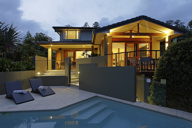 File:Byron Bay Beach Houses - Havana Beach House Byron Bay.jpg