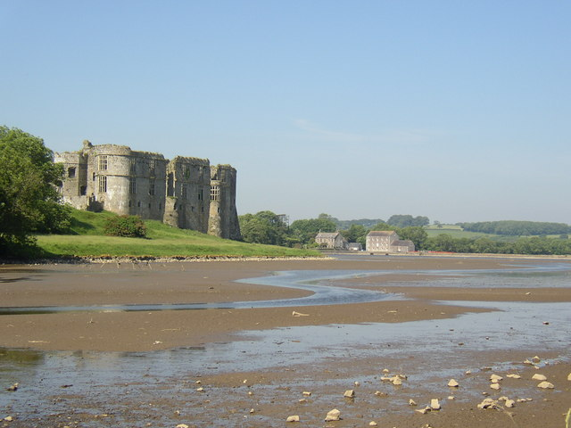 Carew Castle, Mill and Millpond. - geograph.org.uk - 314515