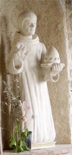 Szent Celesztin szobra