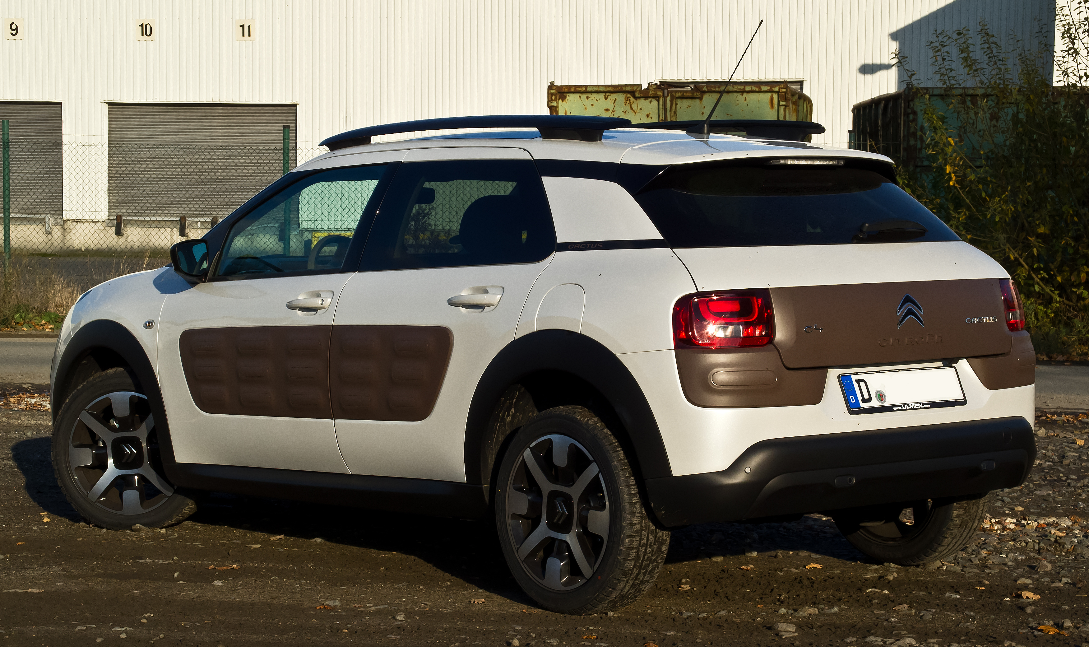 Citroen C4 Cactus Wiki >> Datei:Citroën C4 Cactus BlueHDi 100 Shine Edition – Heckansicht (1), 2. November 2014, Münster ...