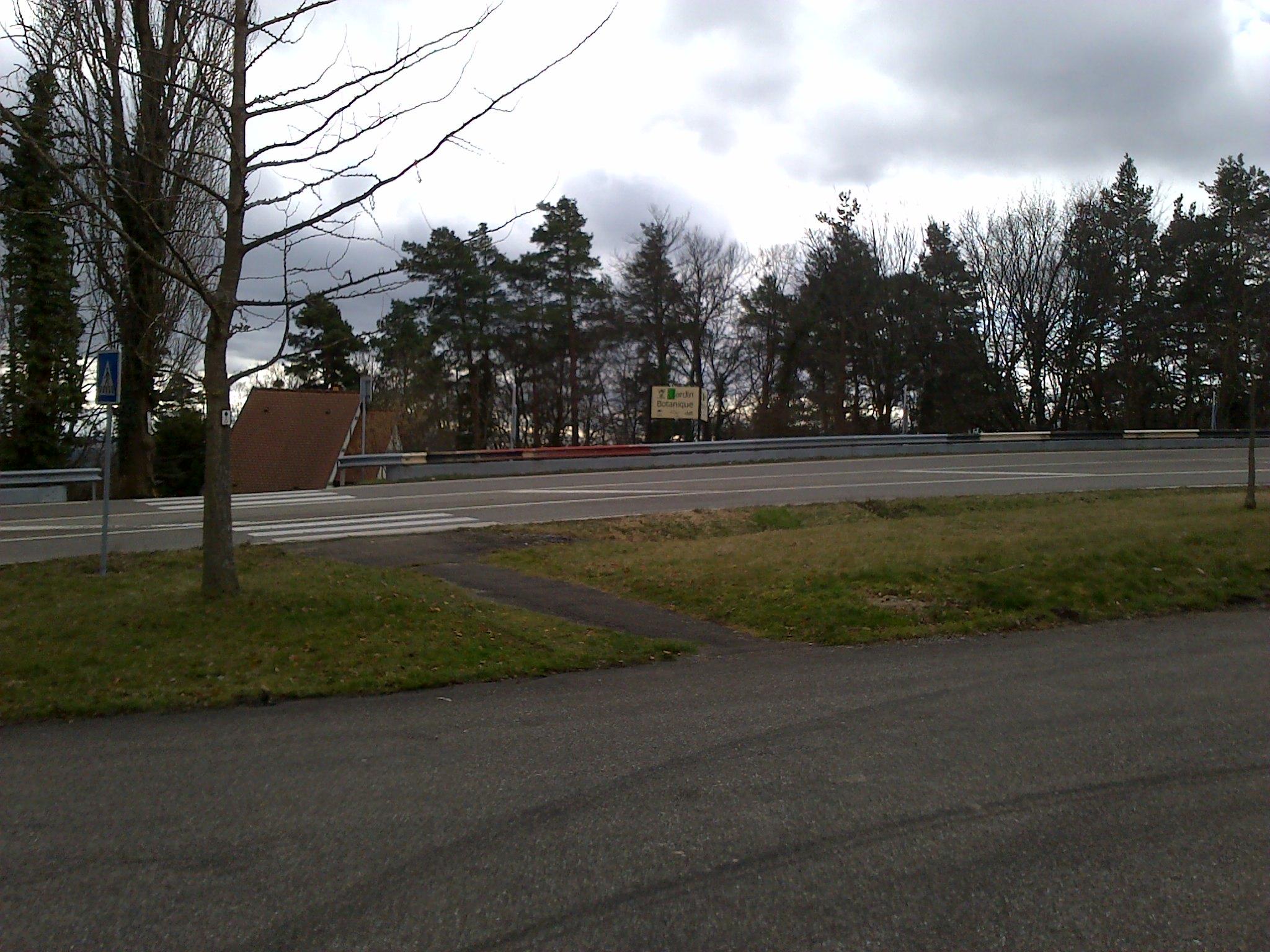 File col saverne parking entr e jardin wikimedia commons - Jardin botanique de saverne ...
