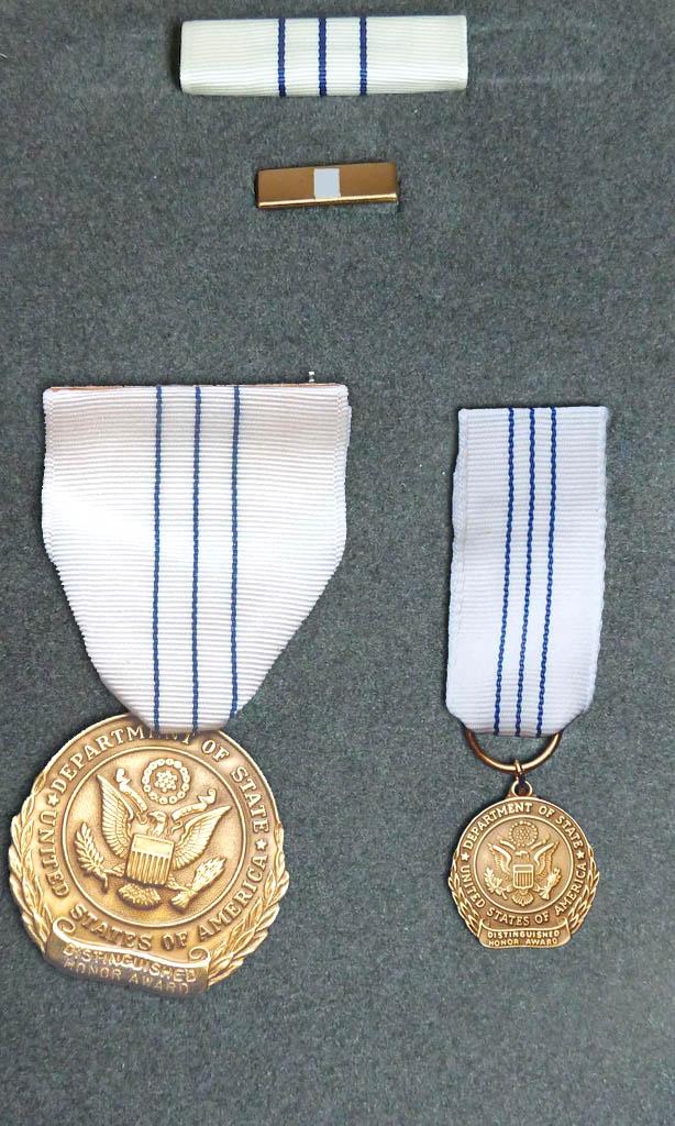 Distinguished Honor Award - Wikipedia