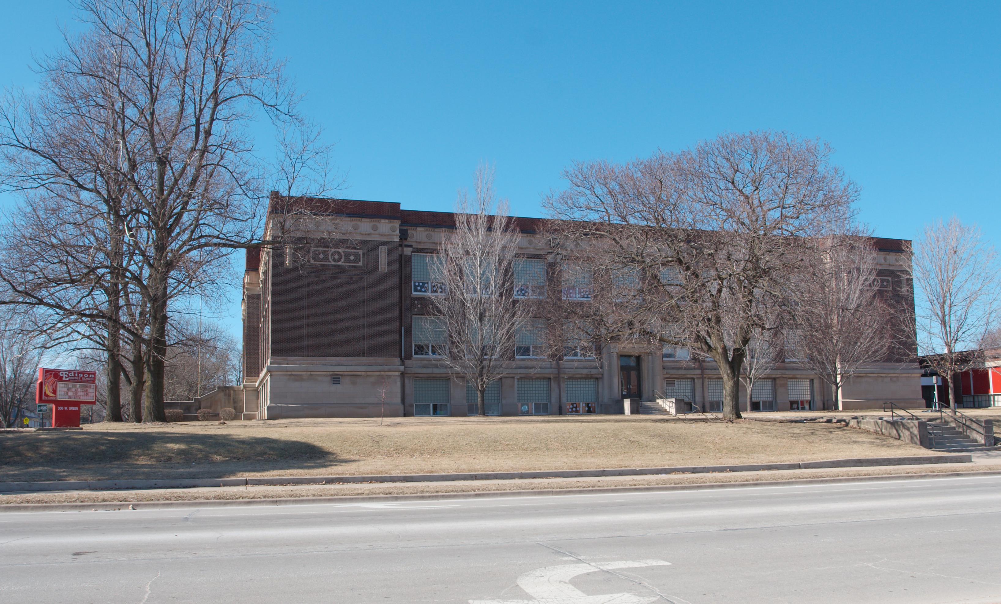 File:Edison Middle School 4078.jpg - Wikimedia Commons