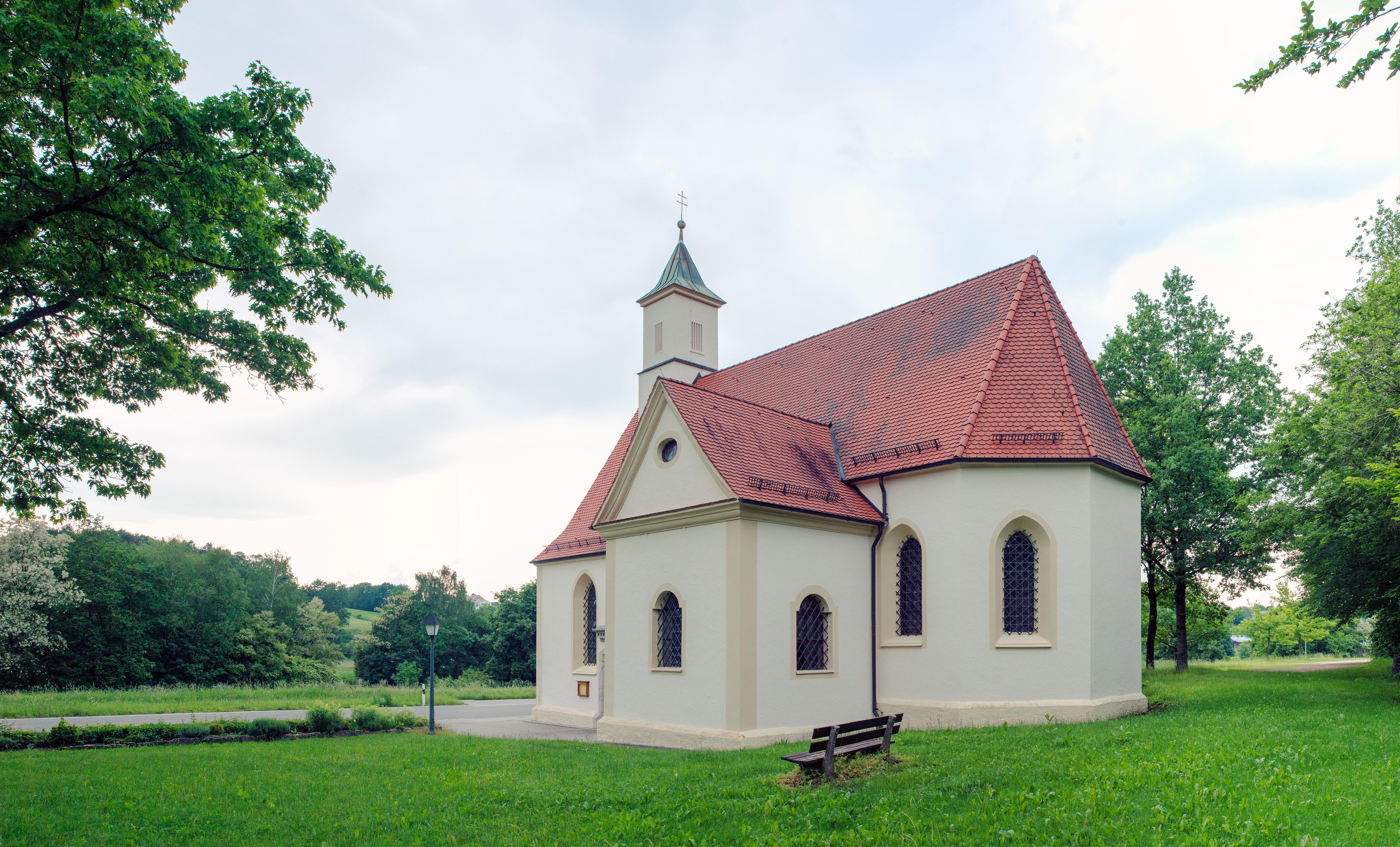 Eichkapelle-Rückansicht-seitlich-rechts Ellwangen.jpg