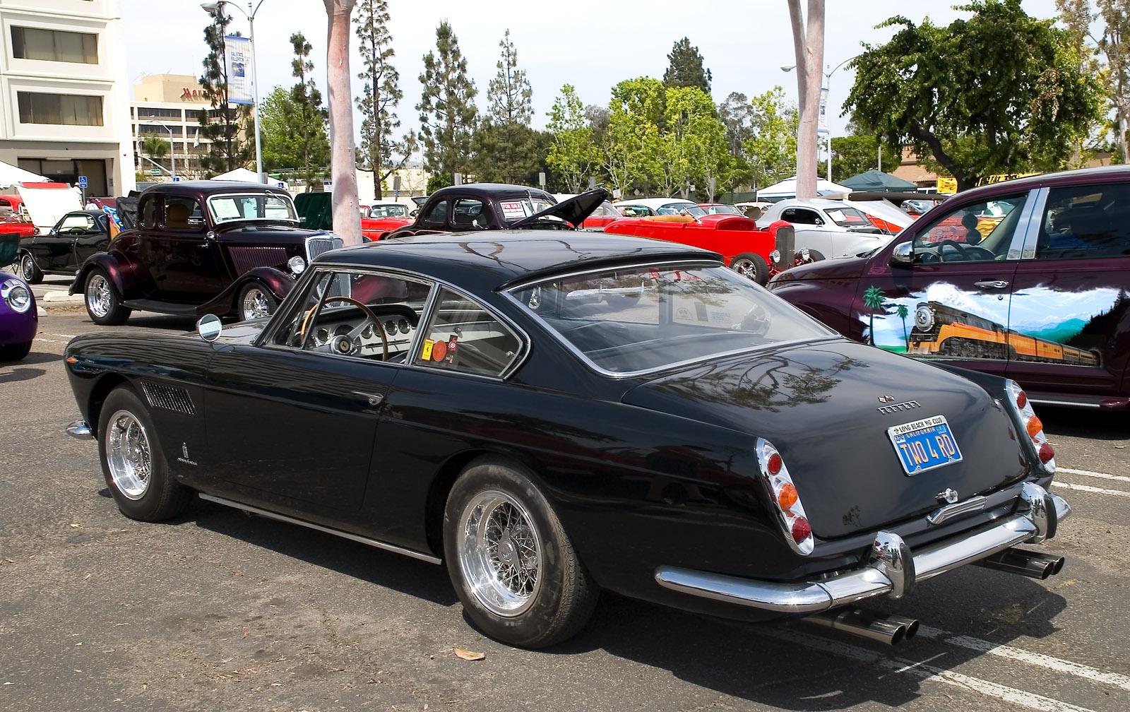 Datei Ferrari 250 Gte Black Jpg Wikipedia