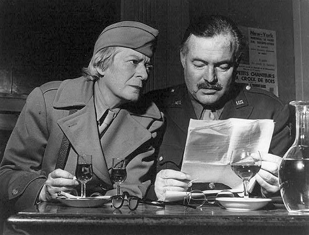 Janet Flanner with [[Ernest Hemingway]]<br>during the [[liberation of Paris]], 1944