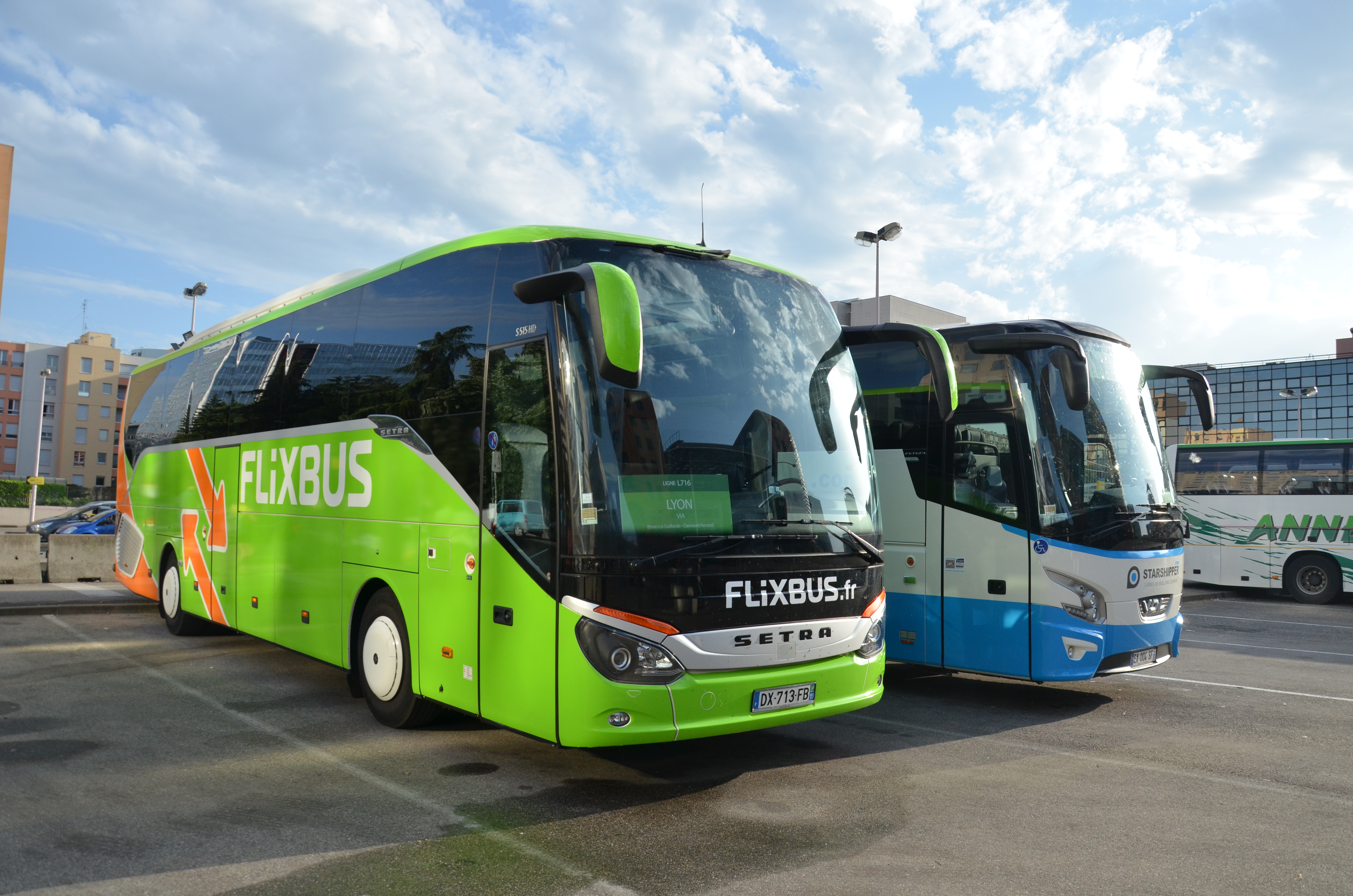 fichier flixbus setra s 516 hd lyon part dieu wikip dia. Black Bedroom Furniture Sets. Home Design Ideas