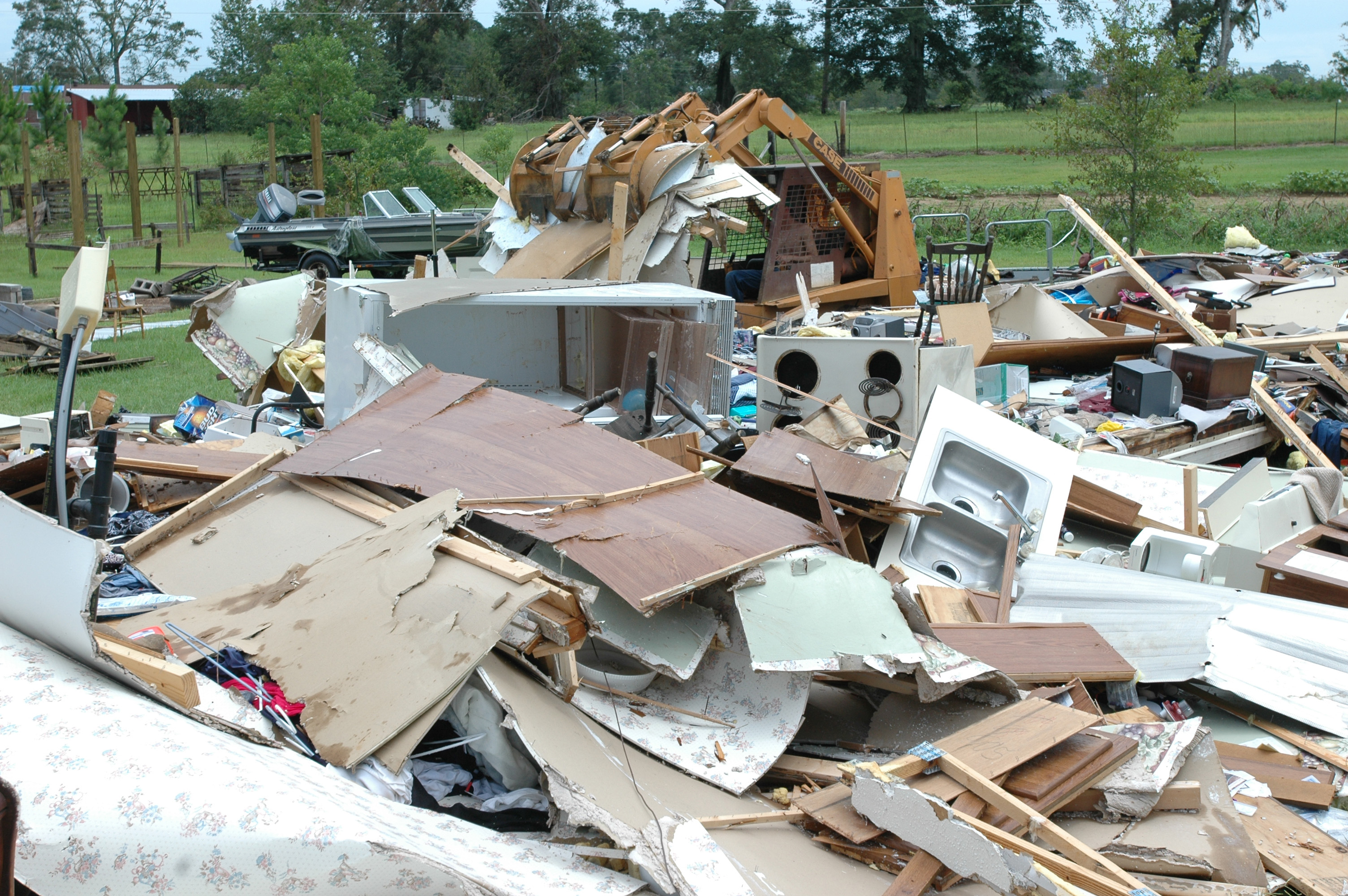 File:House damaged by Hurricane Dennis.jpg - Wikimedia Commons
