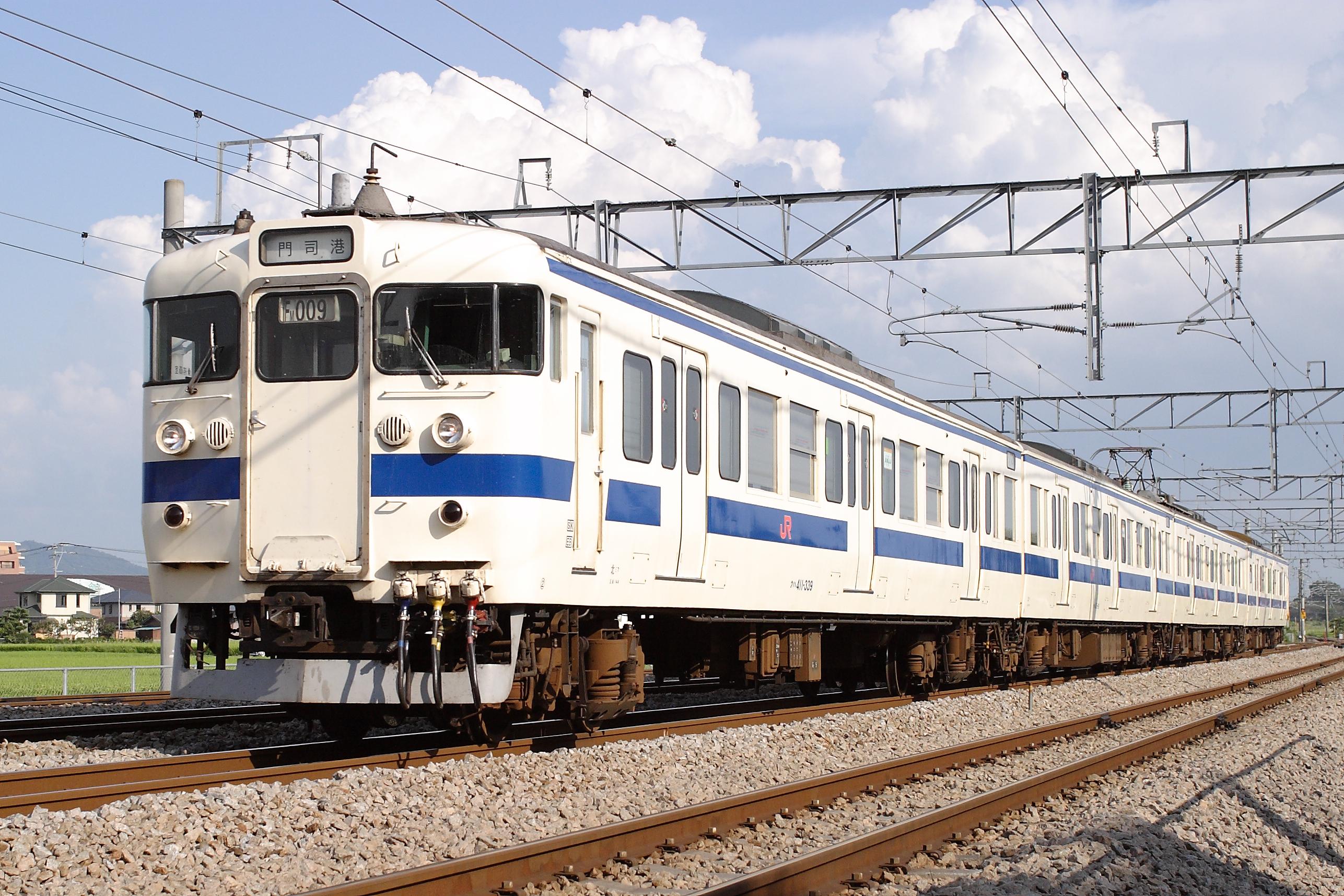 File:JNR 415-0-FM9-Kagoshima Main Line-Dazaifu-20090904