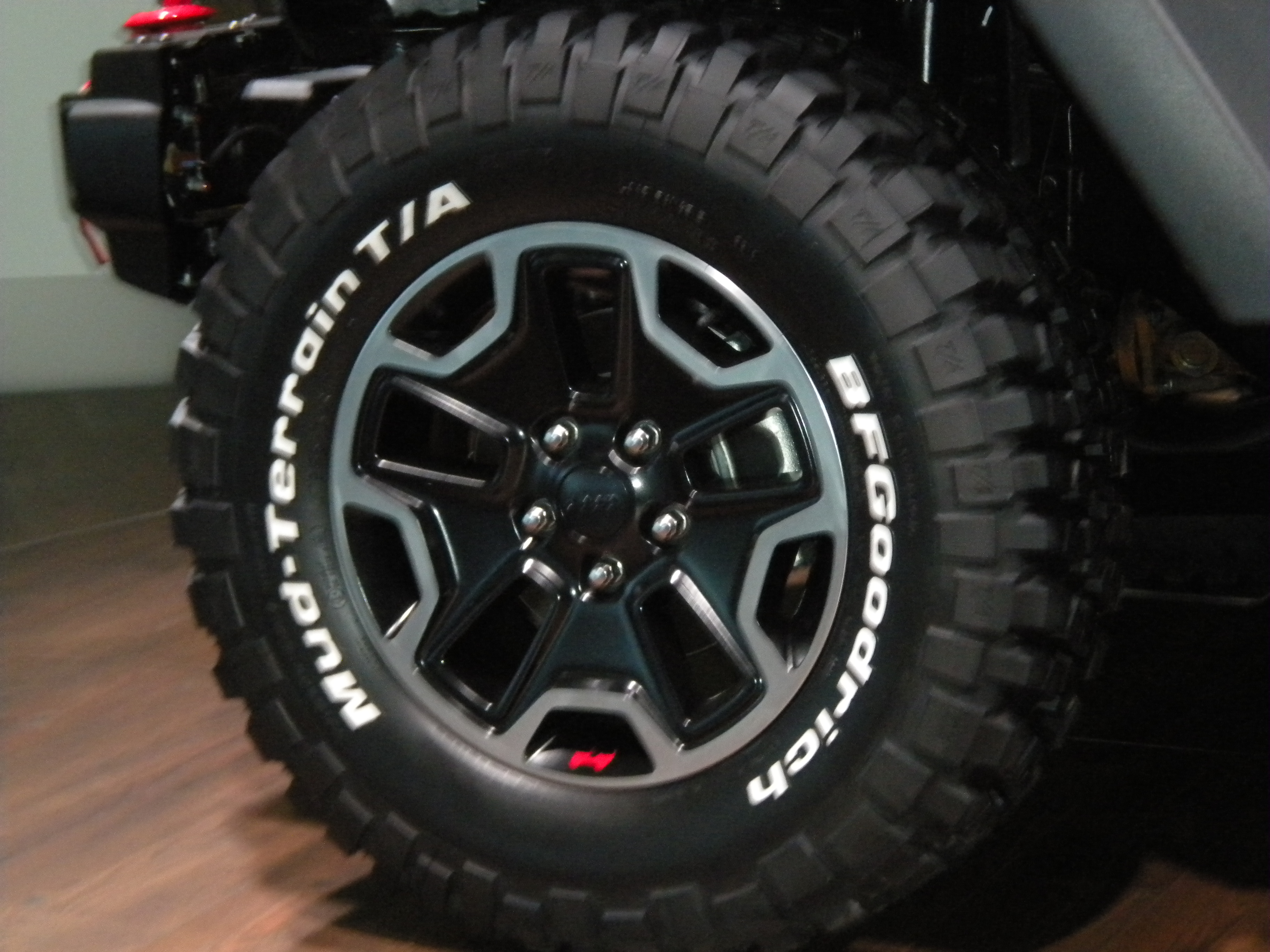 Bfg At Tires >> File:Jeep Wrangler Rubicon 10th Anniversary Edition Wheels.JPG - Wikimedia Commons