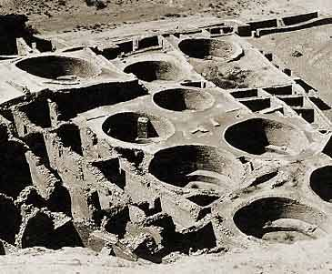The WingMakers; Evidence of Ancient Off-World Visitors in Chaco Canyon, New Mexico  Kiva_Chaco_Canyon_NM
