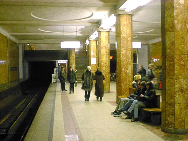 http://upload.wikimedia.org/wikipedia/commons/9/97/Krasnoselskaya_03.jpg
