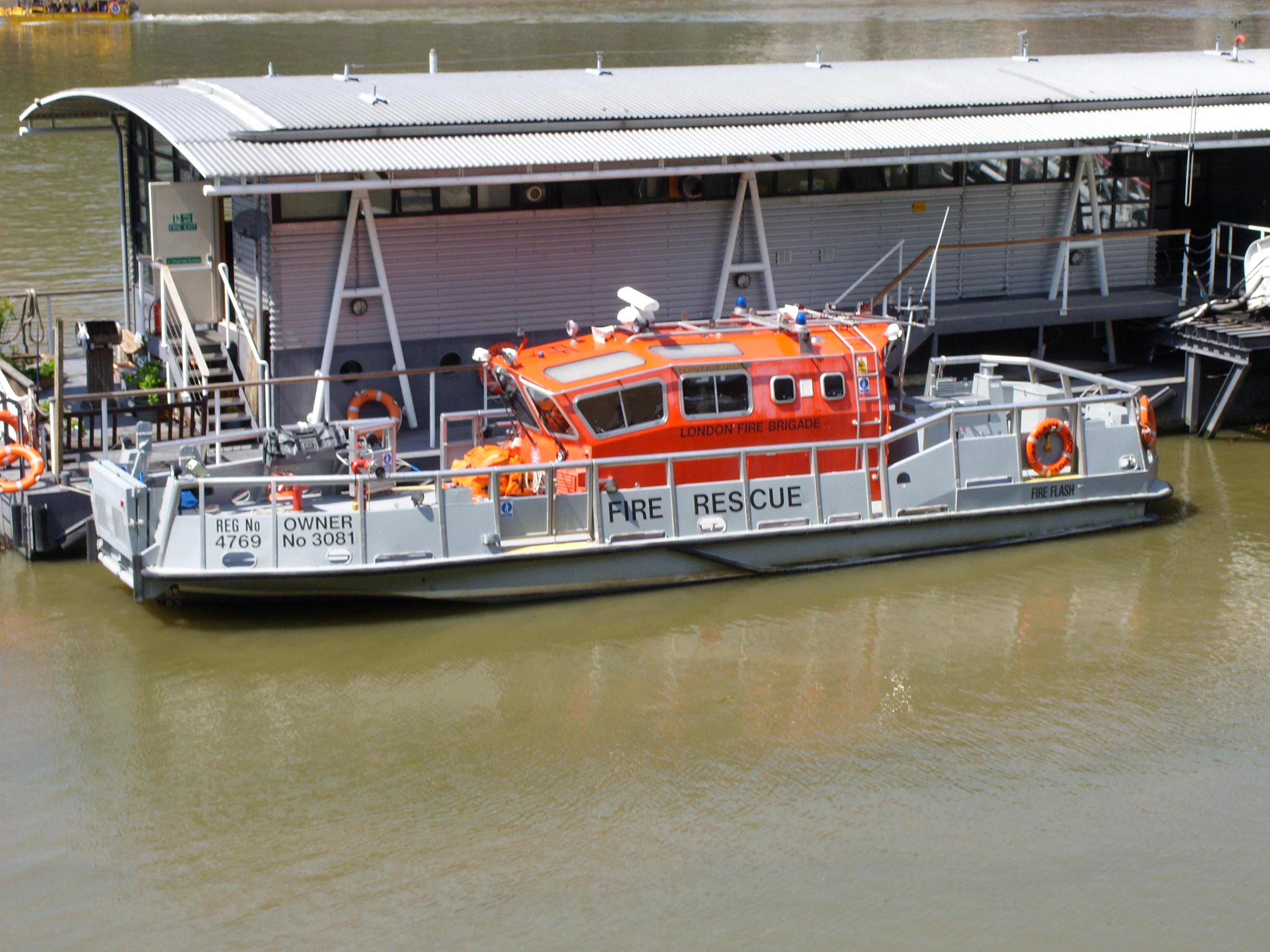 Fireboat - Wikipedia