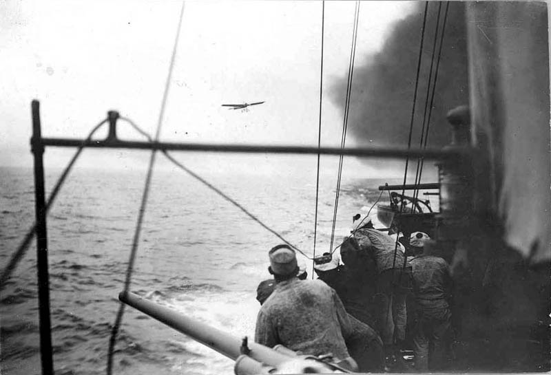 Latham over English Channel on 2nd attempt