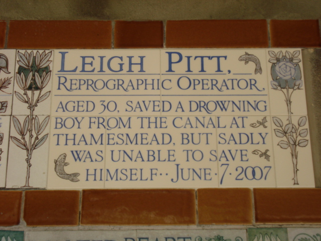File:Leigh Pitt.jpg