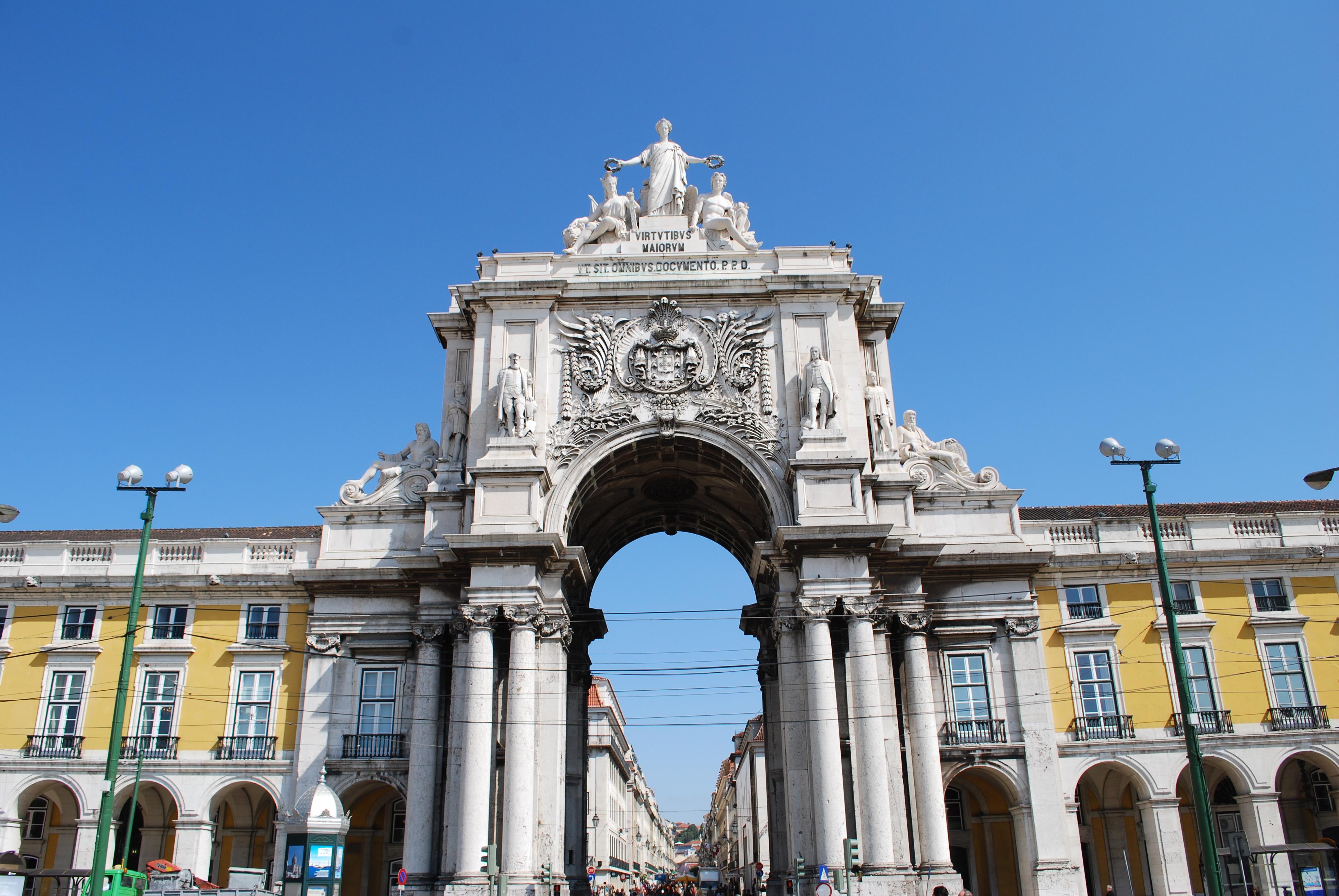 File:Lisboa - Praça do Comércio - Relógio.jpg - Wikimedia Commons