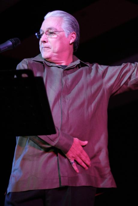 Luis Enrique Mejía Godoy durante una presentación en 2006.