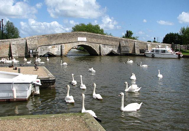 Medieval bridge over the River Thurne - geograph.org.uk - 806215