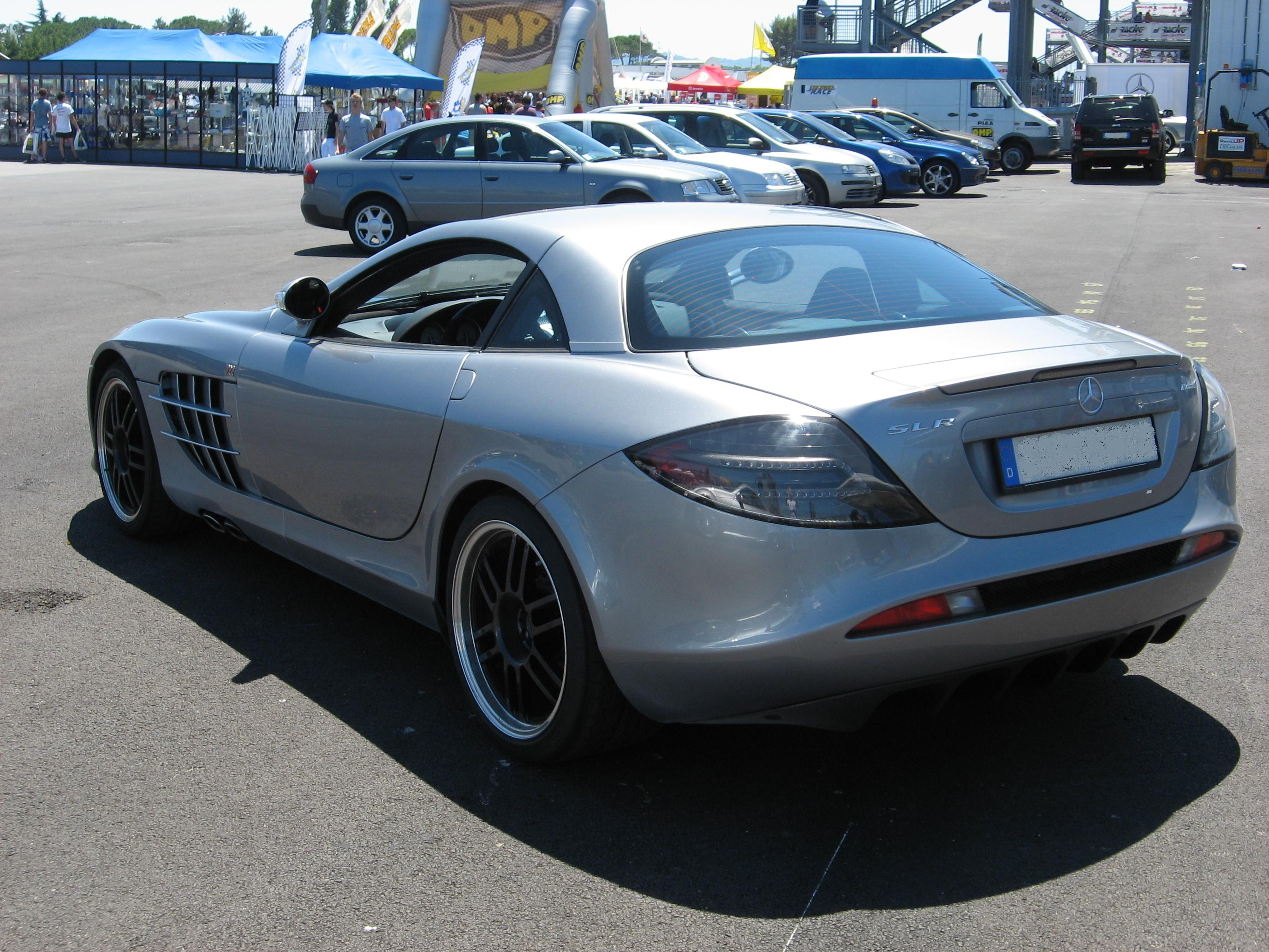 File:Mercedes-Benz SLR-McLaren 722 Coupé Rear-view.JPG