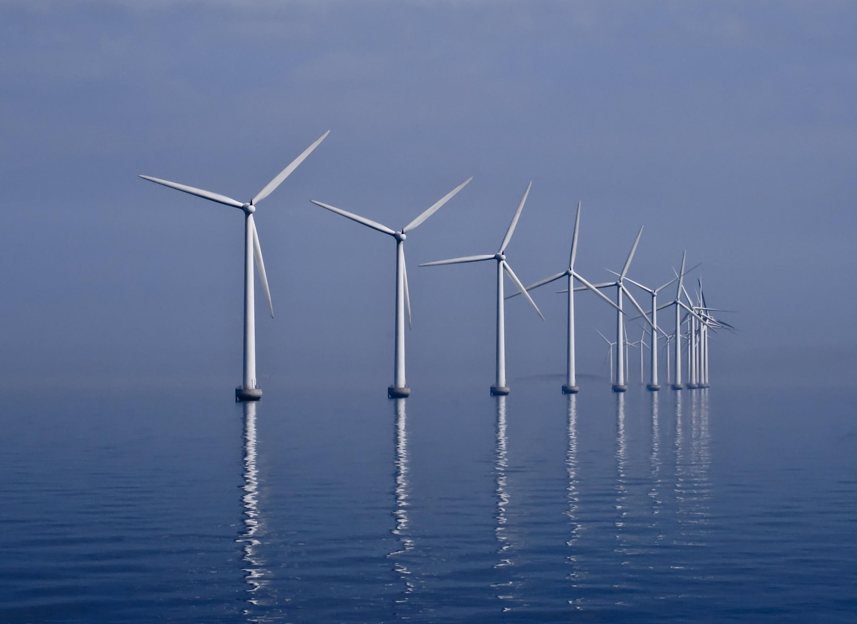middelgrunden wind farm 2009-07-01 edit filtered.jpg