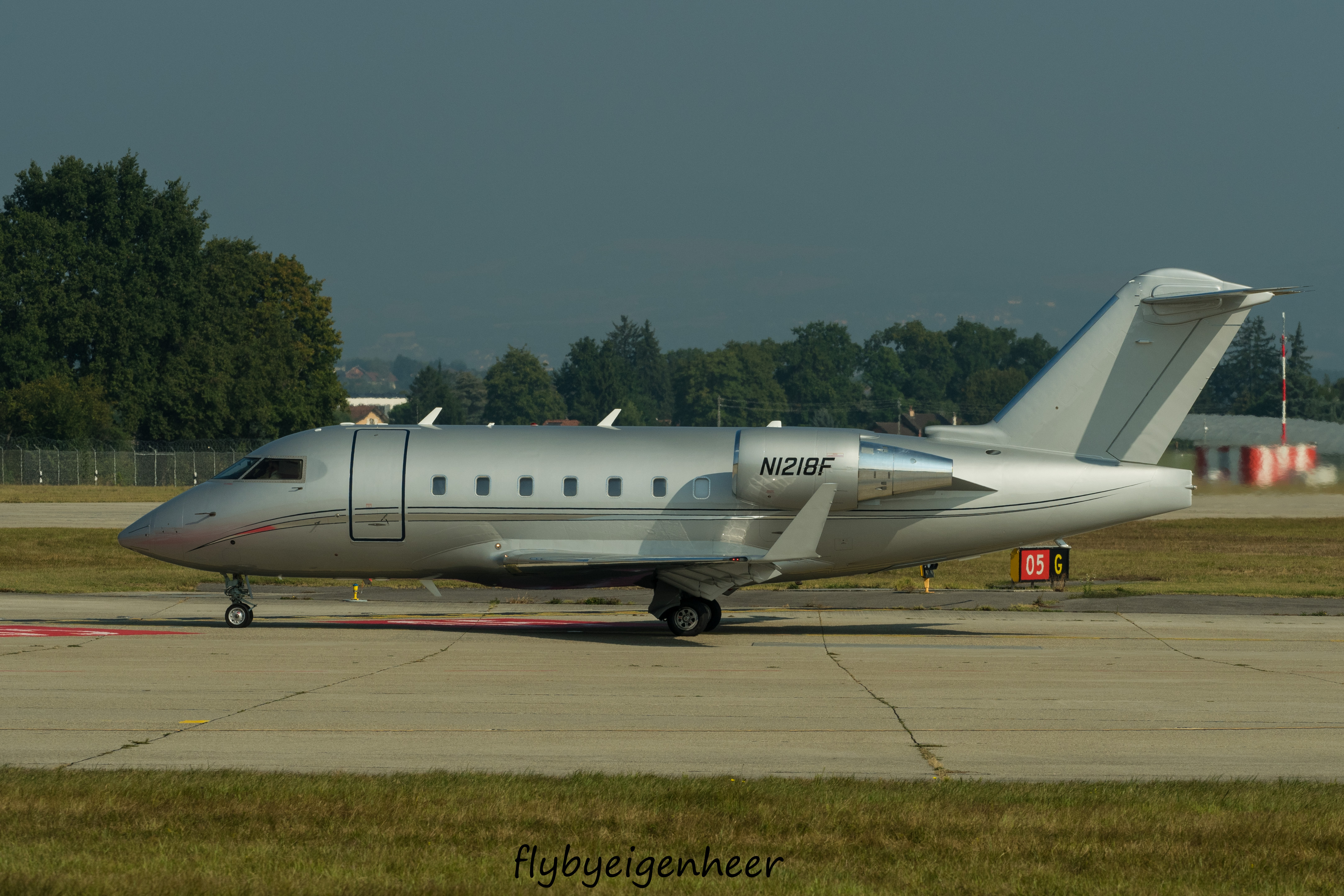 File:N1218F Bombardier CL-600-2B16 Challenger 604 CL60 (29651062660).