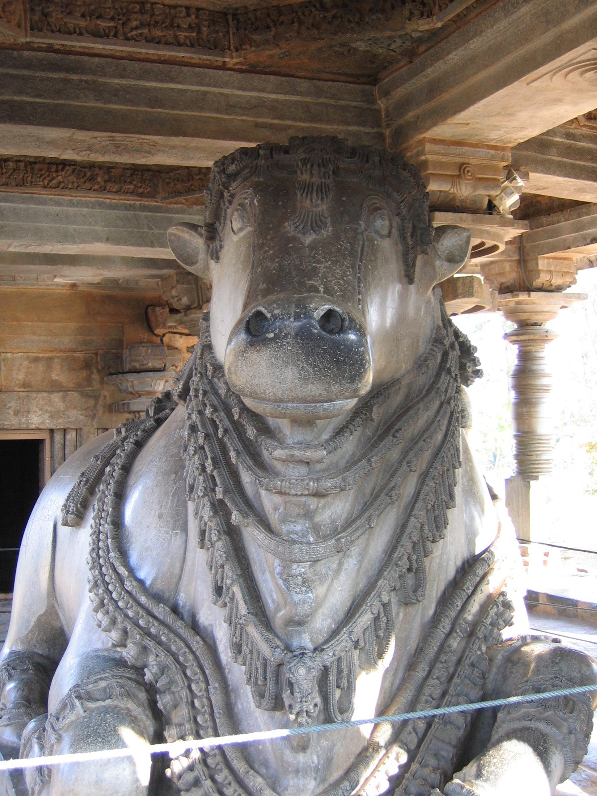 Nandi sculpture in Kedareshwara temple at Halebidu